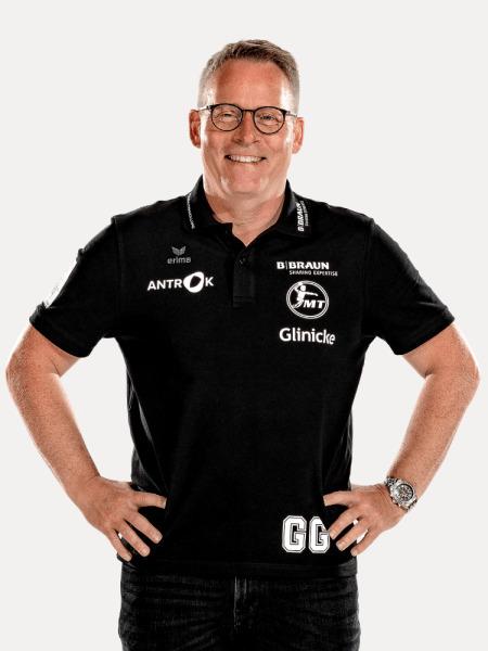 mt_gudmundsson_gudmundur_cheftrainer_portrait_750x1000